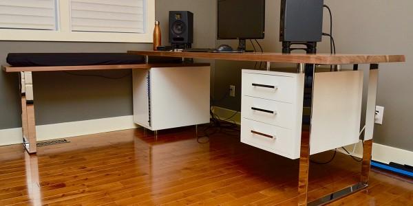 pv-desk-3-1